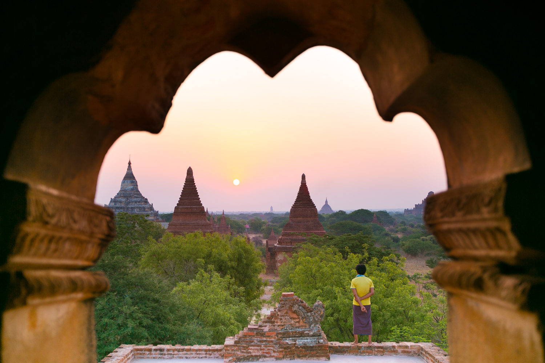Beth Puliti | Another World in Myanmar